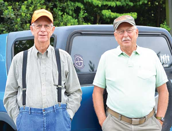 Star Photo/Rebekah Price  Robert Hoss and Kelly Vance, better known as Hoss and PP Smurf to fellow geocachers, have likely traversed more mountainside in Carter and surrounding counties than any other resident alive today.