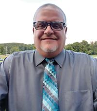 Ivan Sanders : Sports Editor